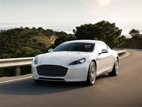 Gambar Mobil Aston Martin Rapide S by Aston Martin Rapide S Test Drive