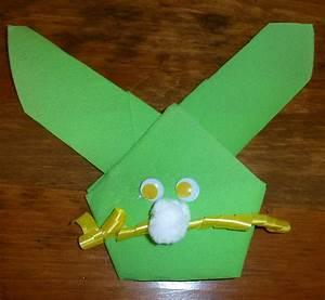Pliage Serviette Lapin Simple : pliage de serviette de table en forme de lapin de p ques plier une serviette de table en papier ~ Melissatoandfro.com Idées de Décoration
