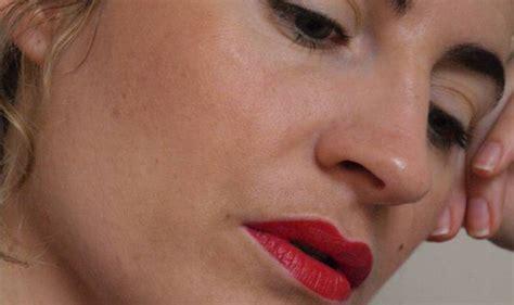 10 meilleurs rouges à lèvre longue tenue . Le Meilleur Avis