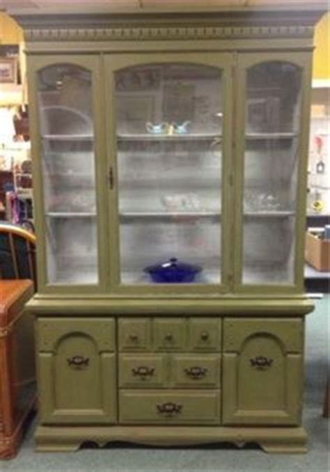 Olive Green painted furniture on Pinterest   Annie Sloan