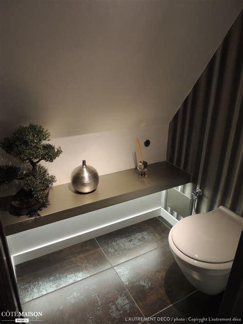 papier peint contemporain chambre aménagement comble espace salle de bain et wc l