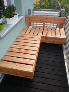 Balkon Sichtschutz Zum Ausziehen : anleitung f r eine douglasie holz lounge so wird dein e balkon terrasse zur ultimativen chill ~ Markanthonyermac.com Haus und Dekorationen