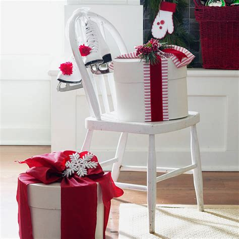 decorating chairs for christmas ingenious decorating ideas for small spaces