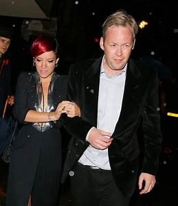 Lily Allen leg bombs in rare appearance with husband Sam ...