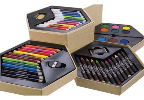 52 zīmēšanas piederumu komplekts 4 stāvīgā kastē - Aprīlis ...