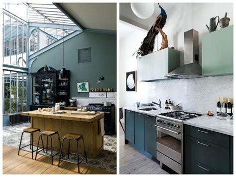 cuisine gris et vert cuisine verte mur meubles électroménager déco