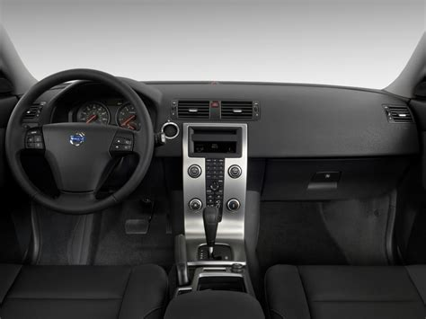 image  volvo   door wagon dashboard size