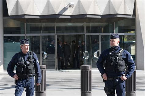 siege fmi quot attentat quot au colis piégé au siège parisien du fmi un
