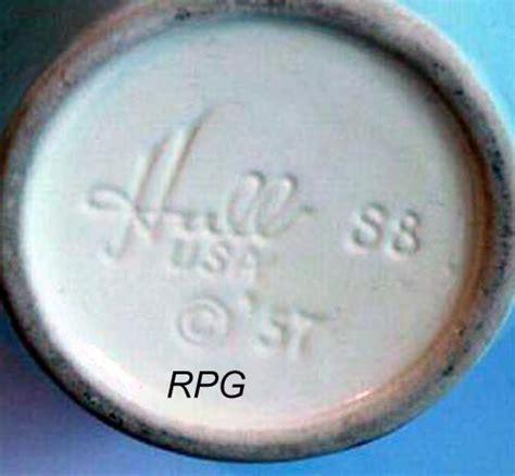 pottery marks  signatures roseville hull watt