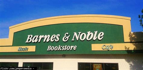 Will Barnes & Noble Match Amazon Prices? (price, Discounts