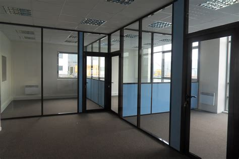cloison bureaux les cloisons de bureau vitrées toute hauteur espace
