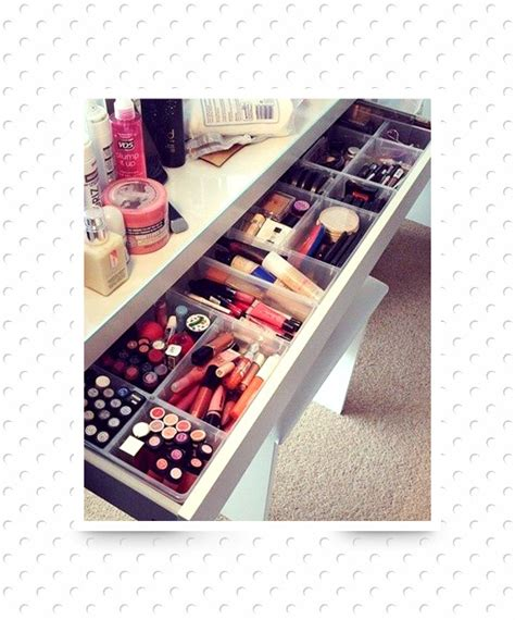 ways to organize your makeup contain er your clutter 20 clever ways to organize your makeup clutter page 16