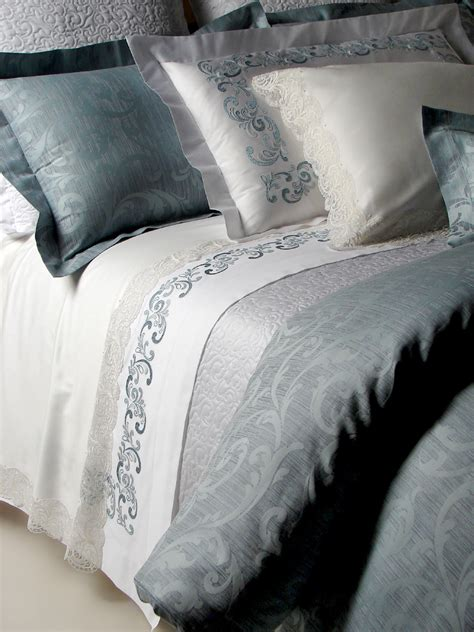 Luxury Embroidered Bedding Custom Bed Linens Aiko