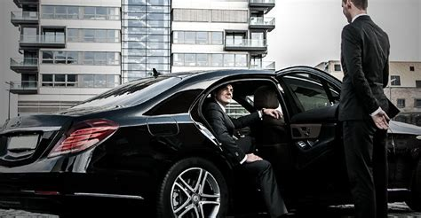 Chauffeur Service by Daimler Acquires Majority Stake In Chauffeur Priv 233