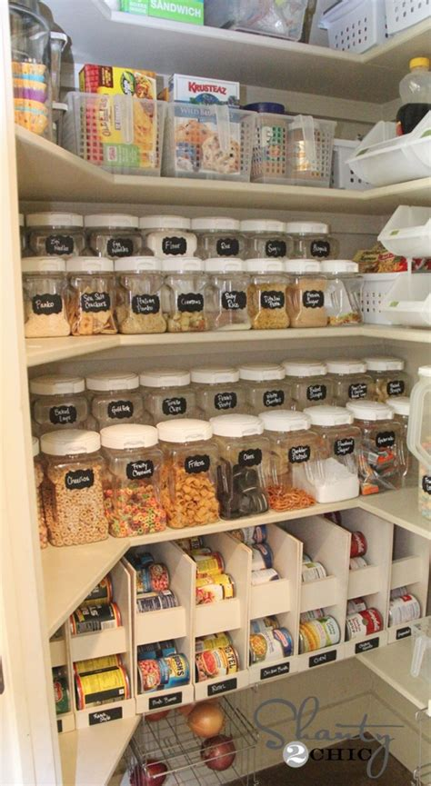 These creative storage ideas help you organize food in your pantry, kitchen cabinets, and freezer. DIY Hub: Organized Pantry Ideas