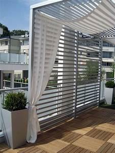 Balkon Sichtschutz Holz : balkon mit holzfliesen und sichtschutz in 2019 balkon ~ Watch28wear.com Haus und Dekorationen