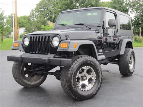 2005 jeep unlimited lifted 2005 jeep wrangler unlimited 4x4 8in fabtech lift hard top