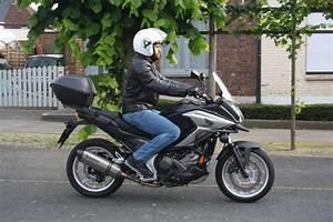 Moto Honda Automatique : honda nc750x dct 2016 automatique sympathique ~ Medecine-chirurgie-esthetiques.com Avis de Voitures