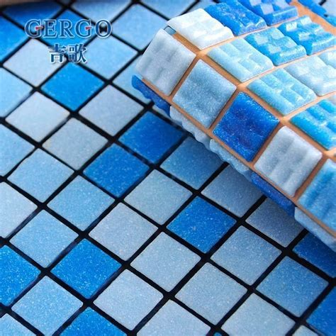 Swimming Pool Blue Non Slip Glass Mosaic Tile For Toilet