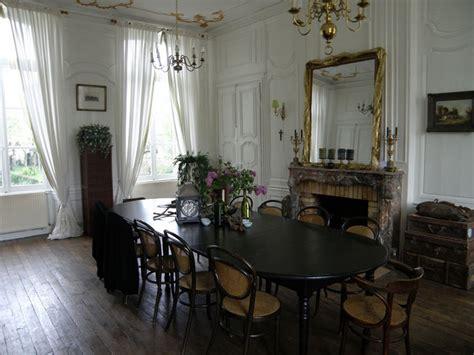 chambres d h es amsterdam château à vendre en haute marne sur 2 ha clos de murs