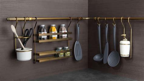 leroy merlin accessoires cuisine des rangements malins pour agrandir les petites cuisines