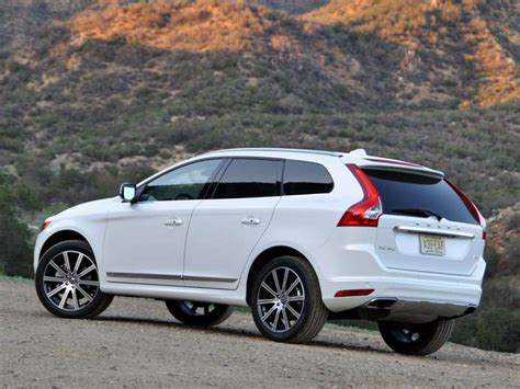 Volvo Xc60 2015 by 2015 Volvo Xc60 Road Test And Review Autobytel