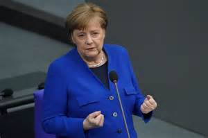 Bundeskanzlerin angela merkel (cdu) will sich für multilaterale konfliktlösungen einsetzen. Angela Merkel won't attend G7 summit in person if US goes ...