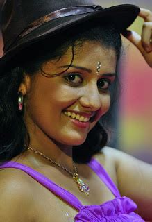 world wallpapers young malayalam actress spicy images