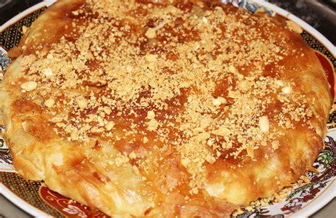 traditional moroccan chicken pastilla bastilla ahlanwasahlan