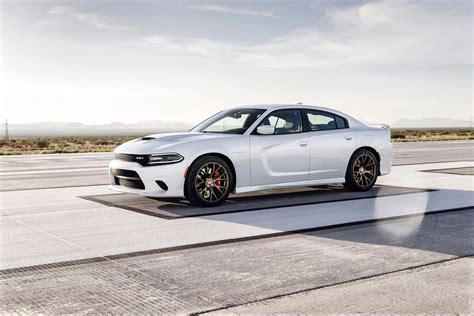 hellcat charger 2015 dodge charger srt hellcat first look
