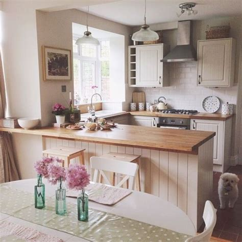 inspiring  shaped kitchen ideas  breakfast bar