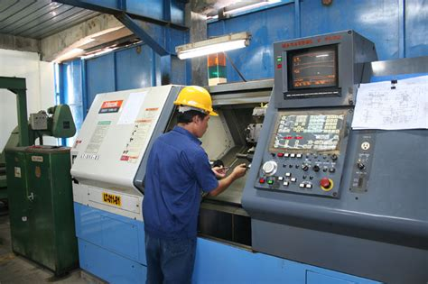 Cnc Operator Career Information And Education Requirements