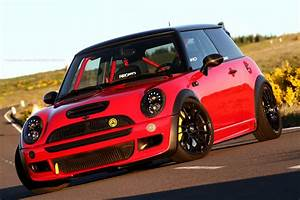 Mini Cooper R53 : anyone know where i can get an r53 bumper like this or ways to fit brake ducts to a stock ~ Maxctalentgroup.com Avis de Voitures