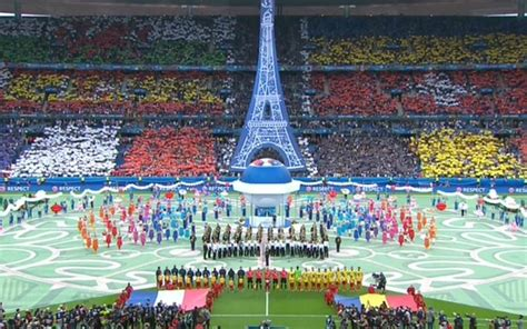 The uefa european football championship, commonly known as the uefa european championship and informally as the euros. Euro 2016 opening ceremony: can-can girls, giant dancing ...