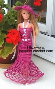 doll play crochet designs on pinterest crochet barbie With robe de barbie au crochet avec explication en francais