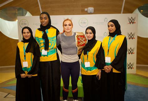 wwe superstar becky lynch joins dubai fitness challenge