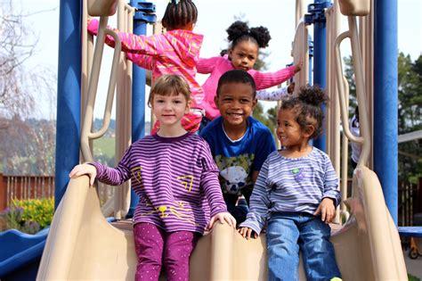 konnect preschool in oakland california oakland 379   Oakland%20preschool%20kids%20on%20slide.jpg?width=1280&name=Oakland%20preschool%20kids%20on%20slide