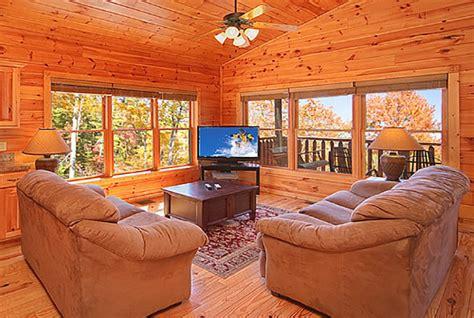 one bedroom cabins in gatlinburg gatlinburg cabin satin sheets 1 bedroom sleeps 9