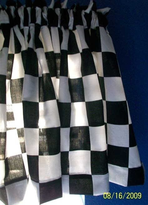 Checkered Flag Window Curtains by 25 Best Ideas About Race Car Bedroom On Race