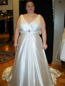 Stylish wedding dresses near me the ultimate guide to plus for Plus size wedding dresses near me