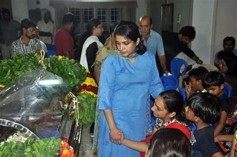 actress kanaka funeral photo pix rajinikanth suriya bid goodbye to tamil actress