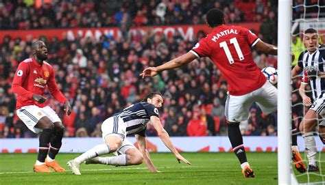 Last place West Brom beats Manchester United, causing ...