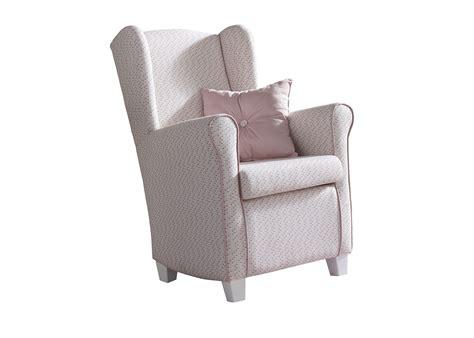 fauteuil chambre b b allaitement fauteuil a bascule chambre bebe fauteuil a bascule