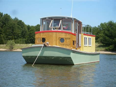 Houseboats Chicago by Small Houseboats Saugatuck Wooden Boat Cruises Tours