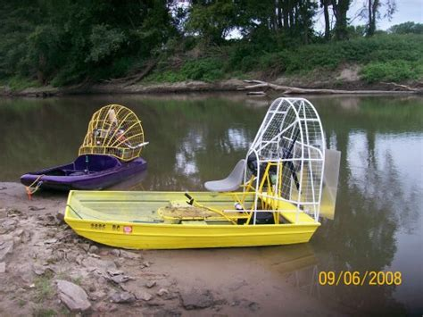 Airboat Motors For Jon Boats by Any One Recommend A Aluminim Mini Air Boat Plan