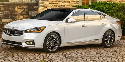 2018  Kia  Cadenza  Vehicles On Display  Chicago Auto Show