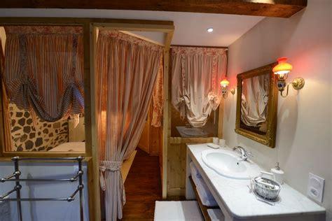 chambre d hotes murat cantal chambre d 39 hôtes l 39 escale de camille 9021 à murat chambre