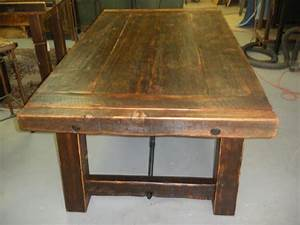 Dining table reclaimed barnwood dining table for Barnwood kitchen table and chairs