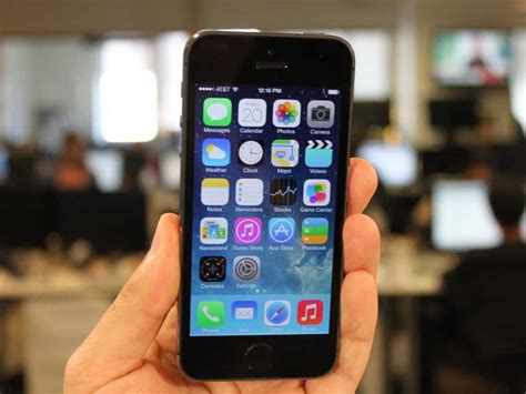 iphone 5s tricks unboxed here s your look at apple s new iphones