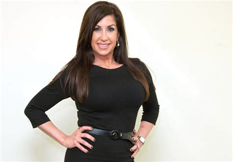 jacqueline laurita health fitness height weight bust waist and hip size health